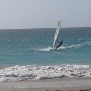 windsurf with surf hub